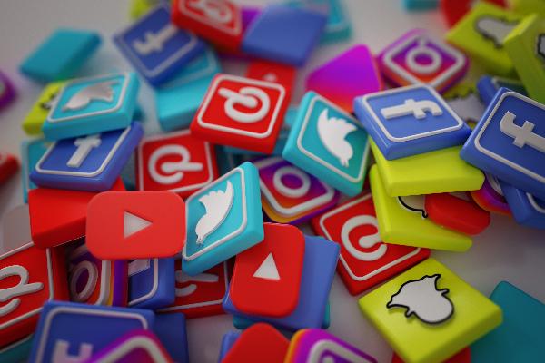 """I Social Media non sono """"Social"""""""